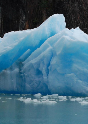 Blue toned iceberg